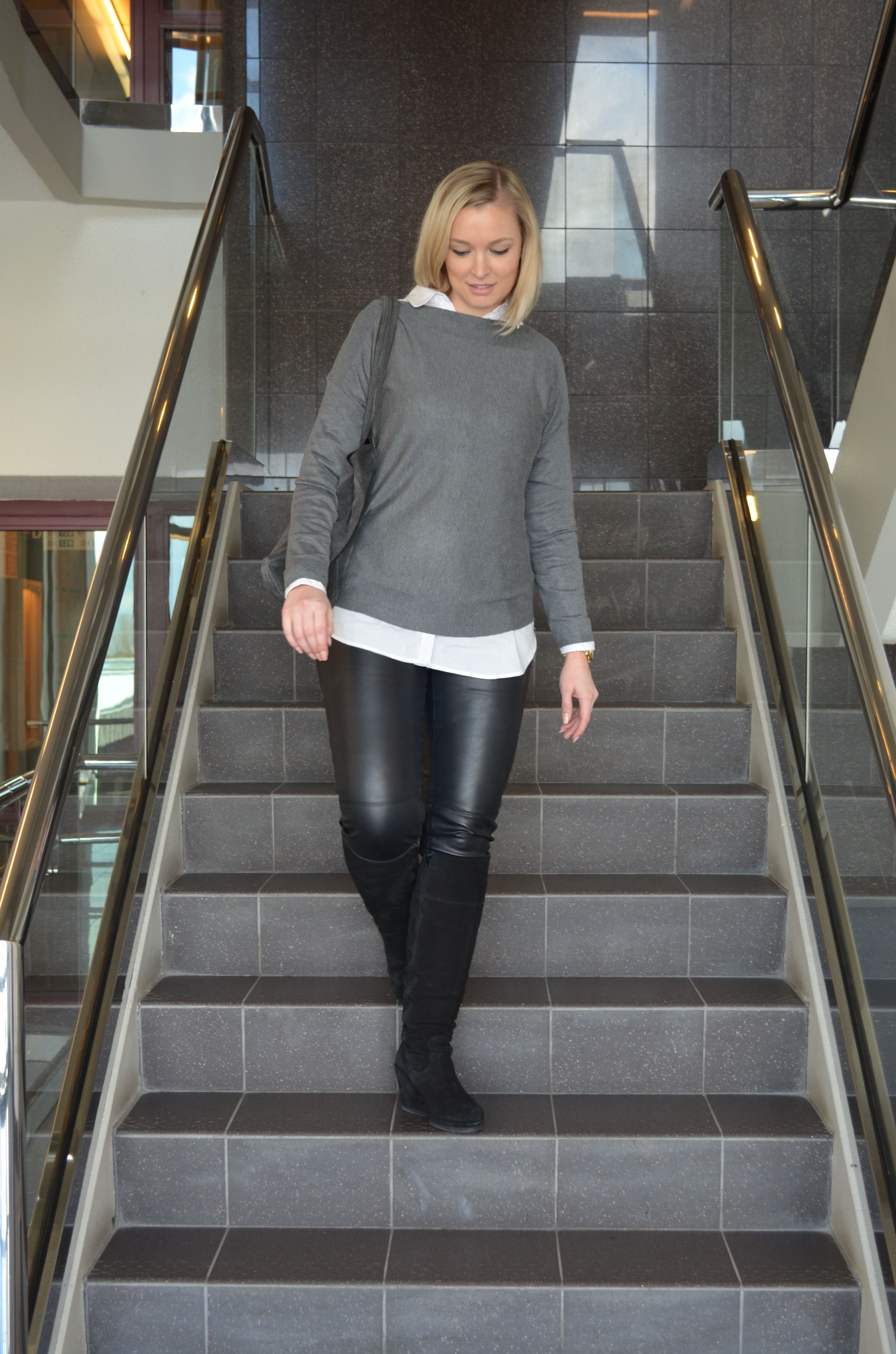 Trui Met Witte Blouse.Outfit Grey Black White Soap And Cookies